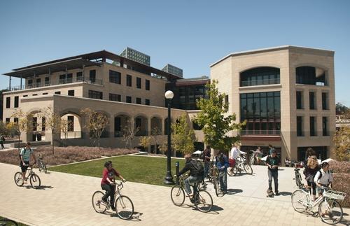 斯坦福大学.jpg