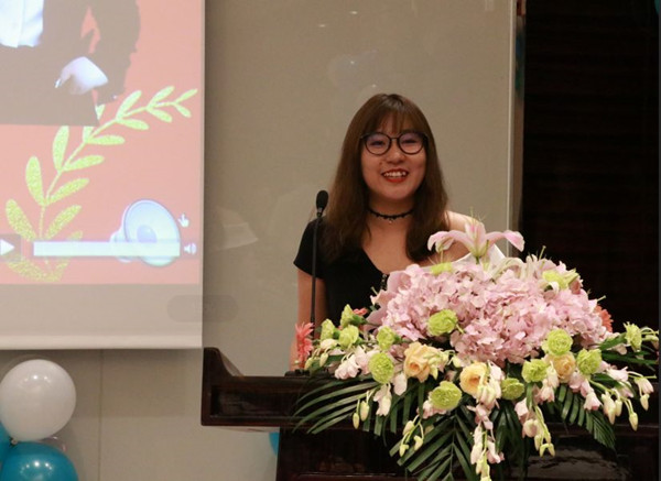 留学规划师代表周庆欣