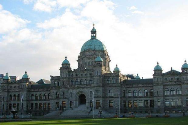 加拿大高中留学申请时间规划
