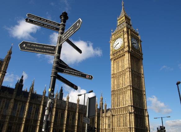 想去英国高中留学?申请条件和申请流程了解一下!