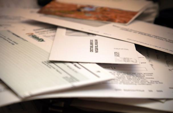2020年美国本科留学申请文书中如何撰写个人简历?
