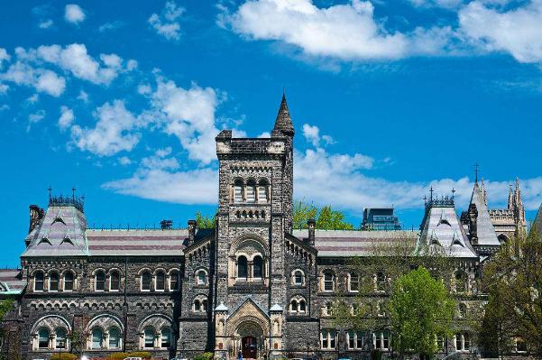 去加拿大留学,要了解哪些出入境攻略?