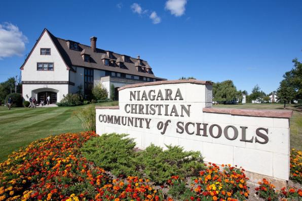 想去加拿大留学,这几所就业率高的大学了解一下!