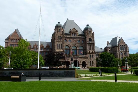 加拿大留学读计算机专业,这几所学校你一定要知道!