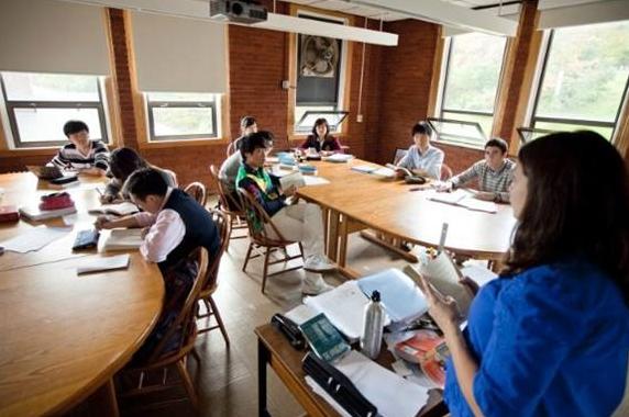 关于新加坡留学寄宿家庭,你了解多少?