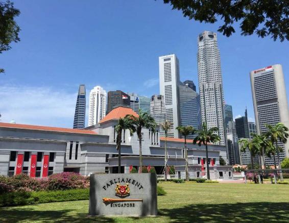 新加坡各类大学毕业生就业情况分析!