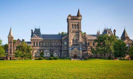 多伦多大学更新2020年录取标准,早申请早录取