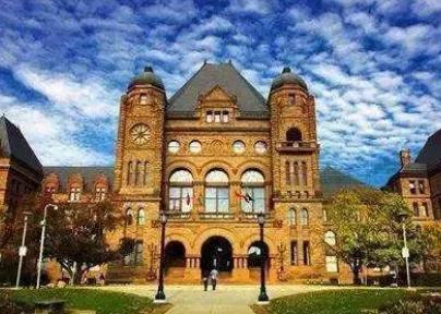 去加拿大留学什么东西自己携带比较好呢