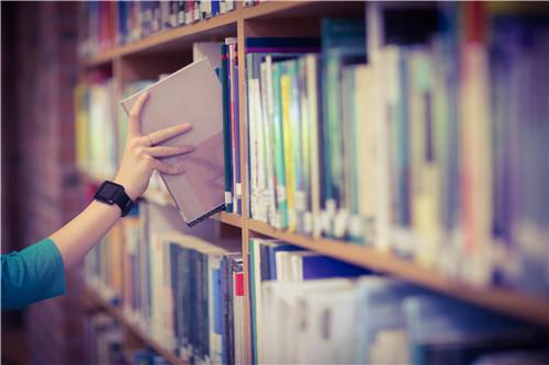 留学英国学费怎么样?一年多少钱?