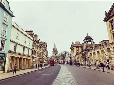 英国留学学什么专业好?推荐5大热门专业